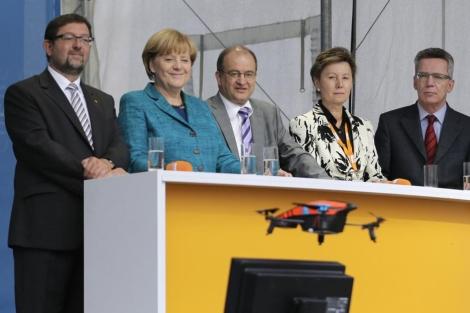 Noticia: Droneando a la Merkel