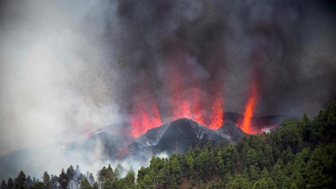 Volcán en Cumbre Vieja de La Palma – Galería de Imágenes